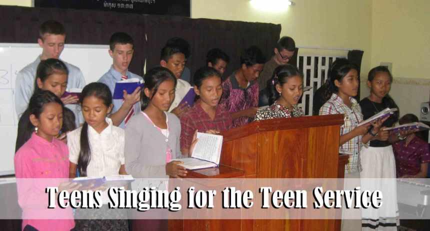 11.10.13-teens-singing