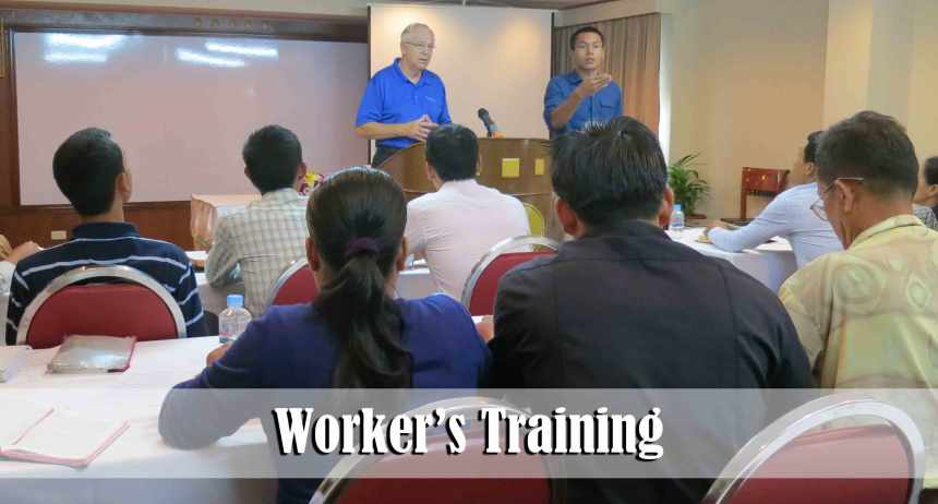 8.13.15-workers-training4