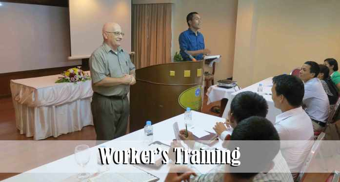 8.13.15-workers-training5