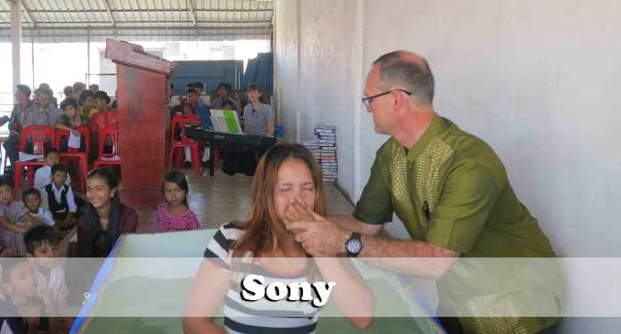 9.27.15-Sony