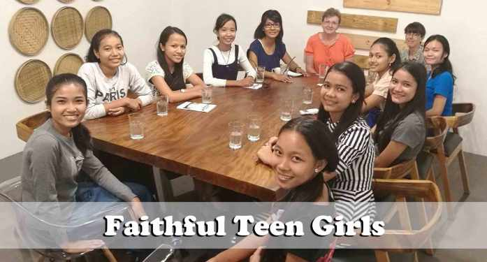 3.20.17-faithful-teen-girls
